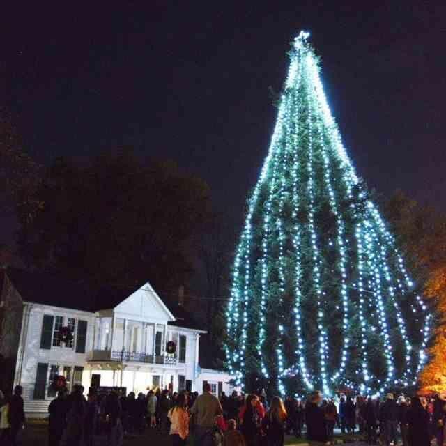 Kingsport Christmas Parade 2021 Elizabethton S Annual Christmas Tree Lighting Downtown Parade Under New Leadership News Johnsoncitypress Com