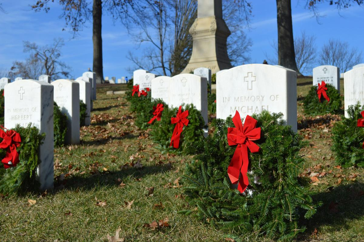 Wreaths Across America volunteers on drive for more than 17,000 veterans buried at Mountain Home