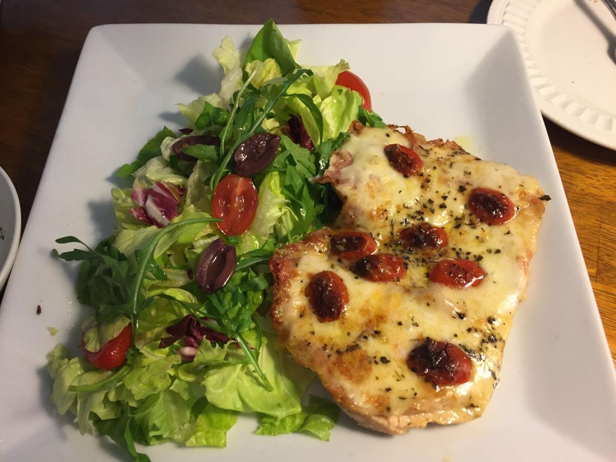 La Cucina Pizzaiola w Chicken tomatoes, & olives.JPG