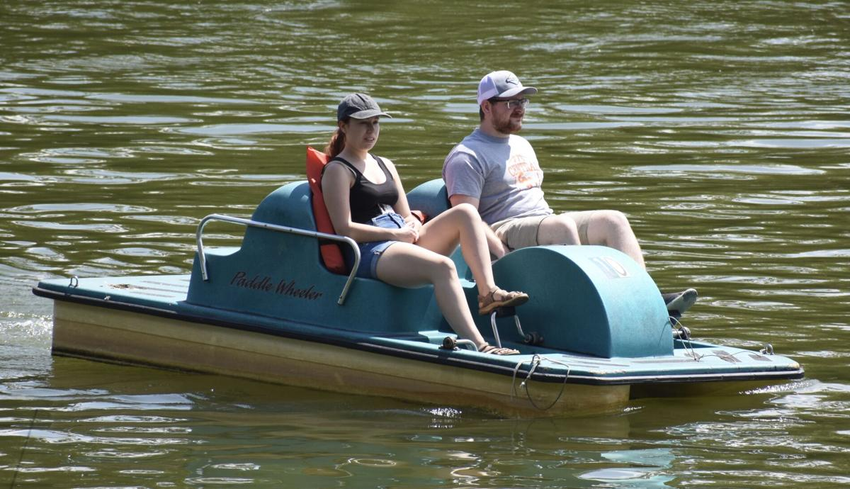 Paddle boaters
