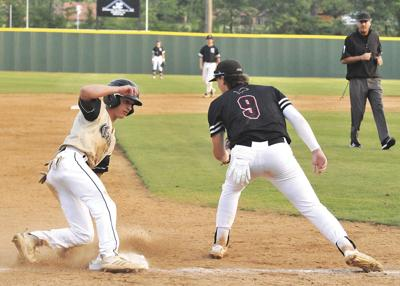 Doubleheader sweep gives Hurricane 5A-East crown
