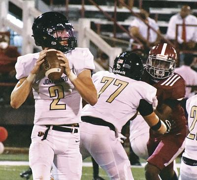 Acebo leads Hurricane in 49-6 rout