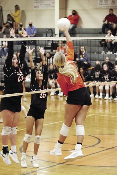 201007-TD-wr-volleyball-photo