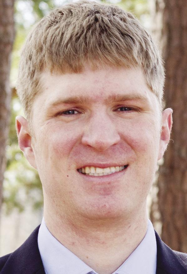 Adam Trausch named Lyon head track coach