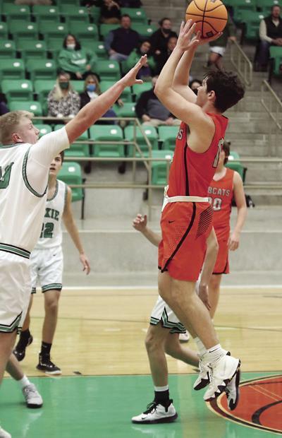 210120-TD-wr-hoxie-basketball-photo