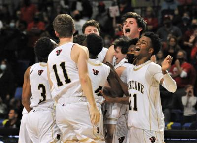 Jonesboro holds off Maumelle for 5A crown