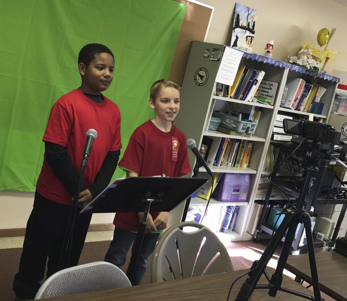 Ranson students utilizing WeatherSTEM system