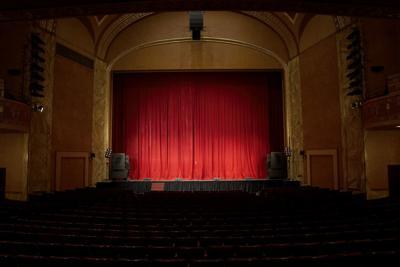 TheaterCurtain_Stock