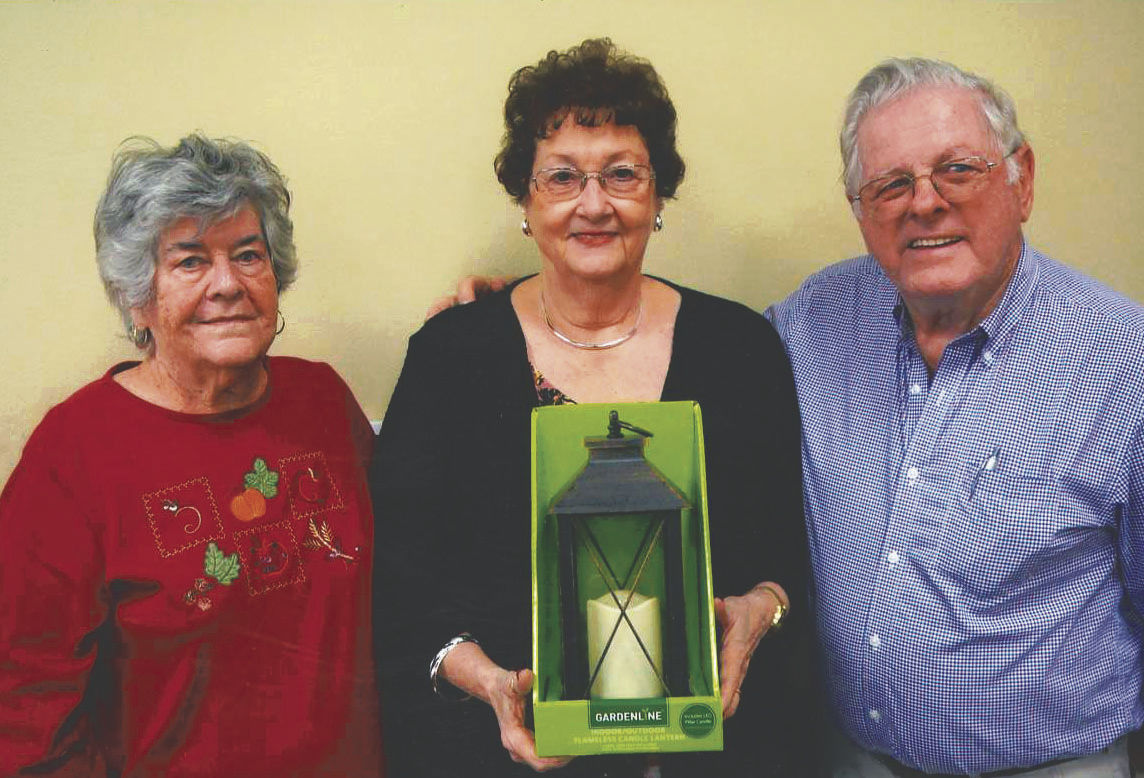 Retired Berkeley school employees participate in annual auction