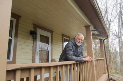 Hospitable host: Harpers Ferry man offers home to hikers, bicyclers