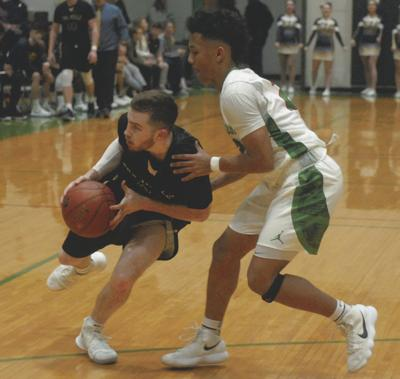 Musselman holds off Eagles