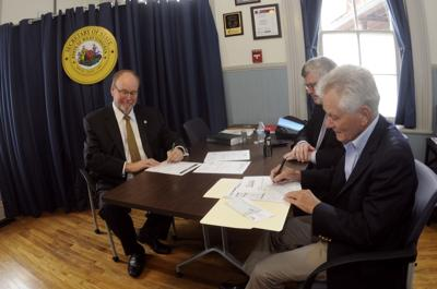 Wilkes files for state Supreme Court