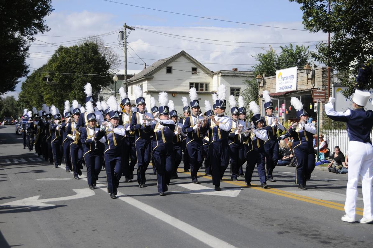 21 MSAHF-Parade1 ra.jpg