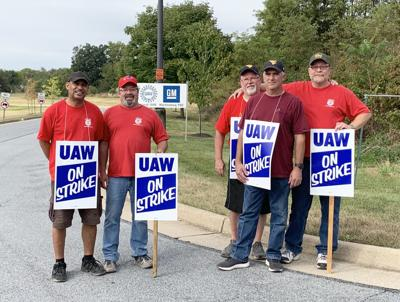 Martinsburg GM plant workers continue to protest for better pay across the board