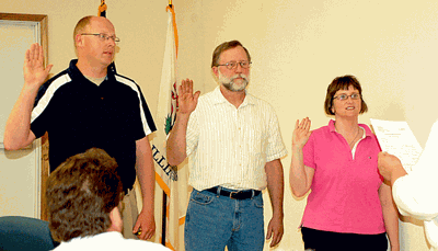 Bement village trustees