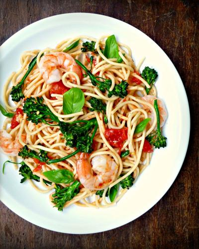 Spaghetti With Shrimp, Broccolini and Basil