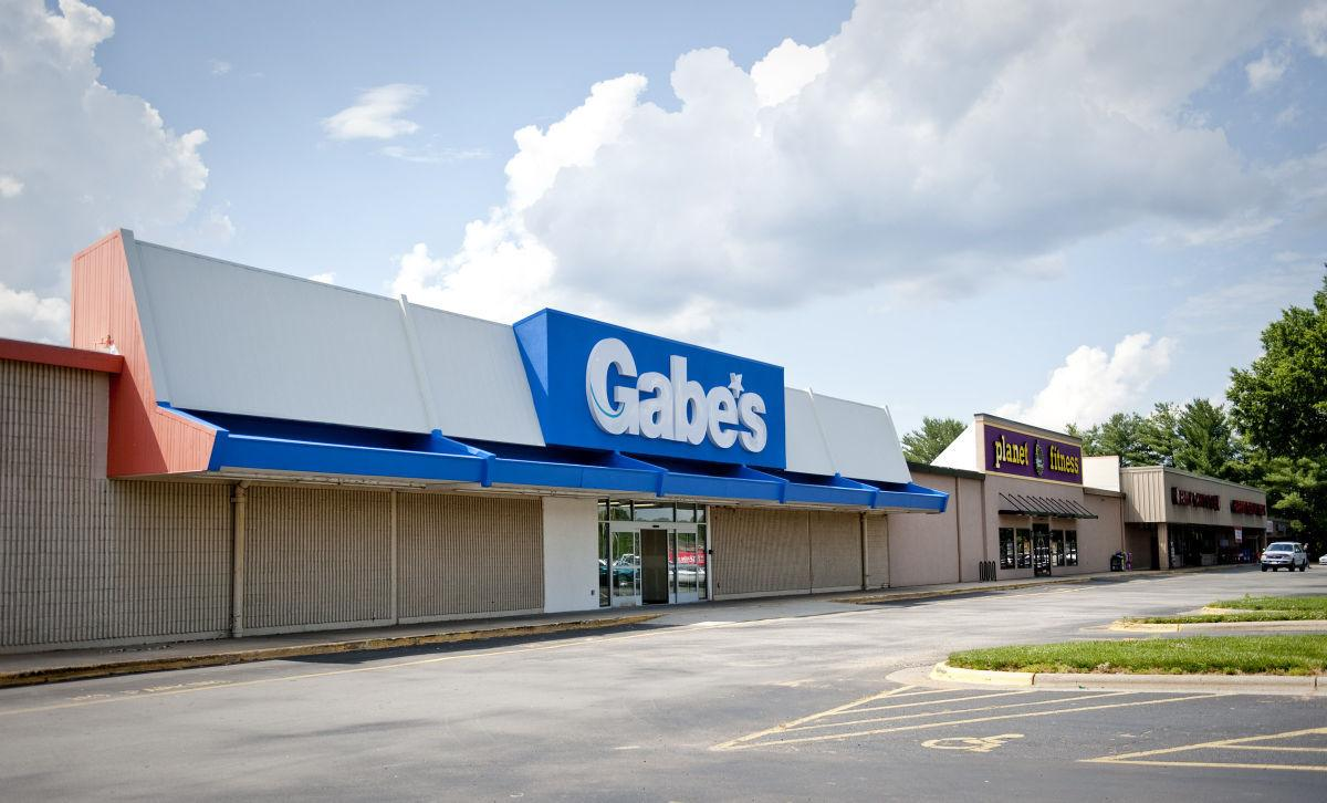 Gabes clothing store application