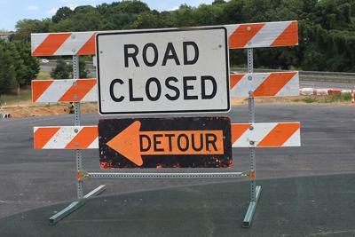 Road Closed detour sign construction