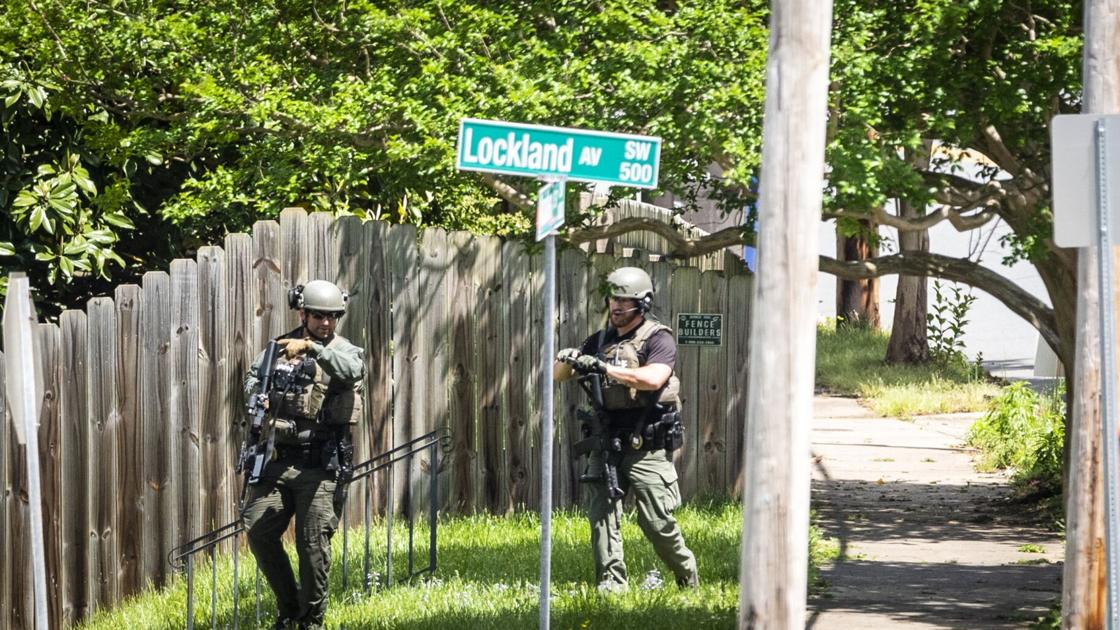 Police identify man who died in Ardmore standoff