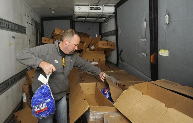 Clemmons Food Pantry Volunteer