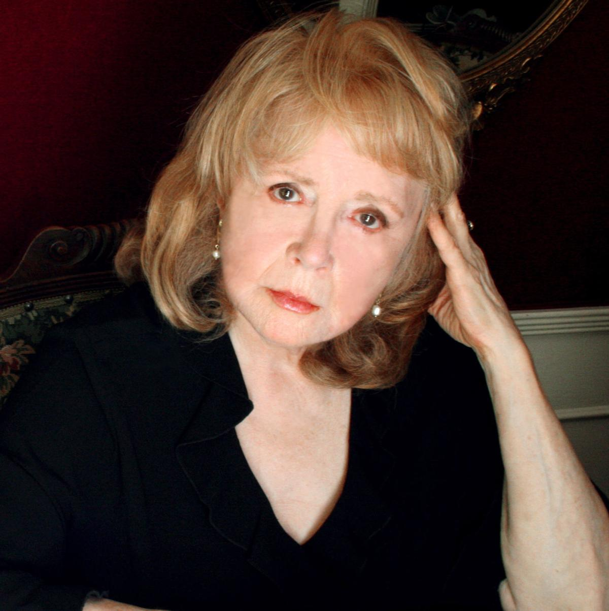 Actress Piper Laurie r...