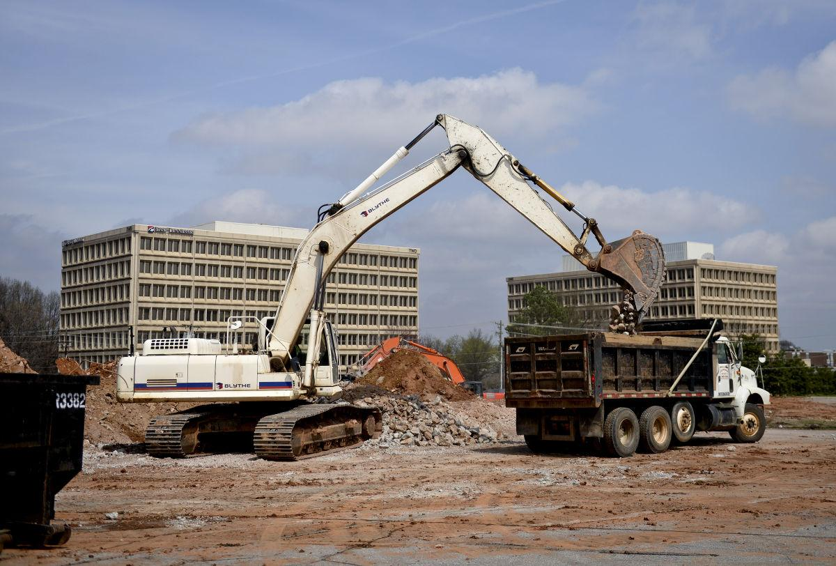 grading under way at miller street site of new publix local news