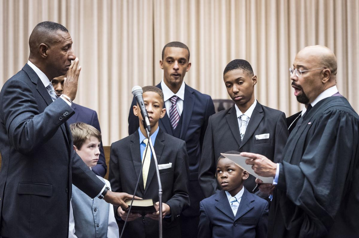 Bobby Kimbrough Jr  sworn in as sheriff of Forsyth County, becoming