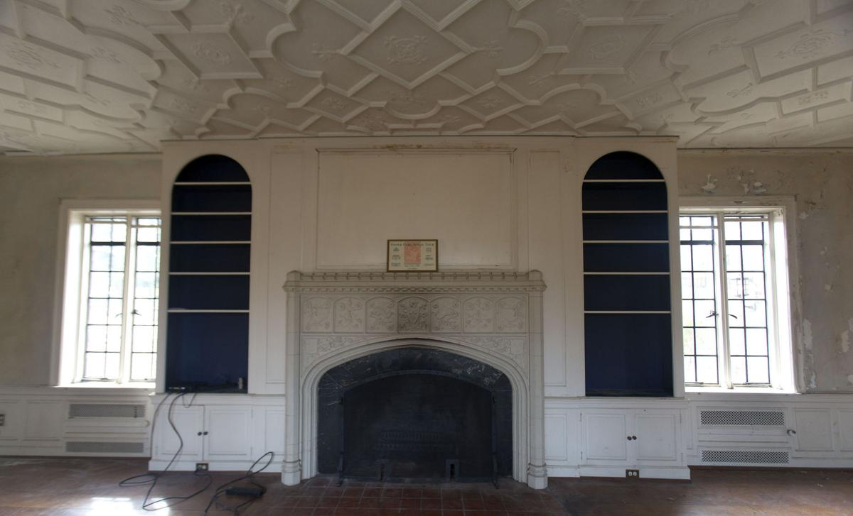 Peek Inside Greensboro 39 S Historic Julian Price House: old home interior pictures value