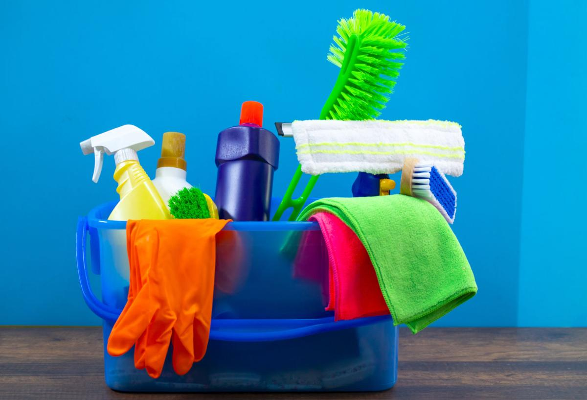 Cleaning products for kitchen, bathroom and other rooms.