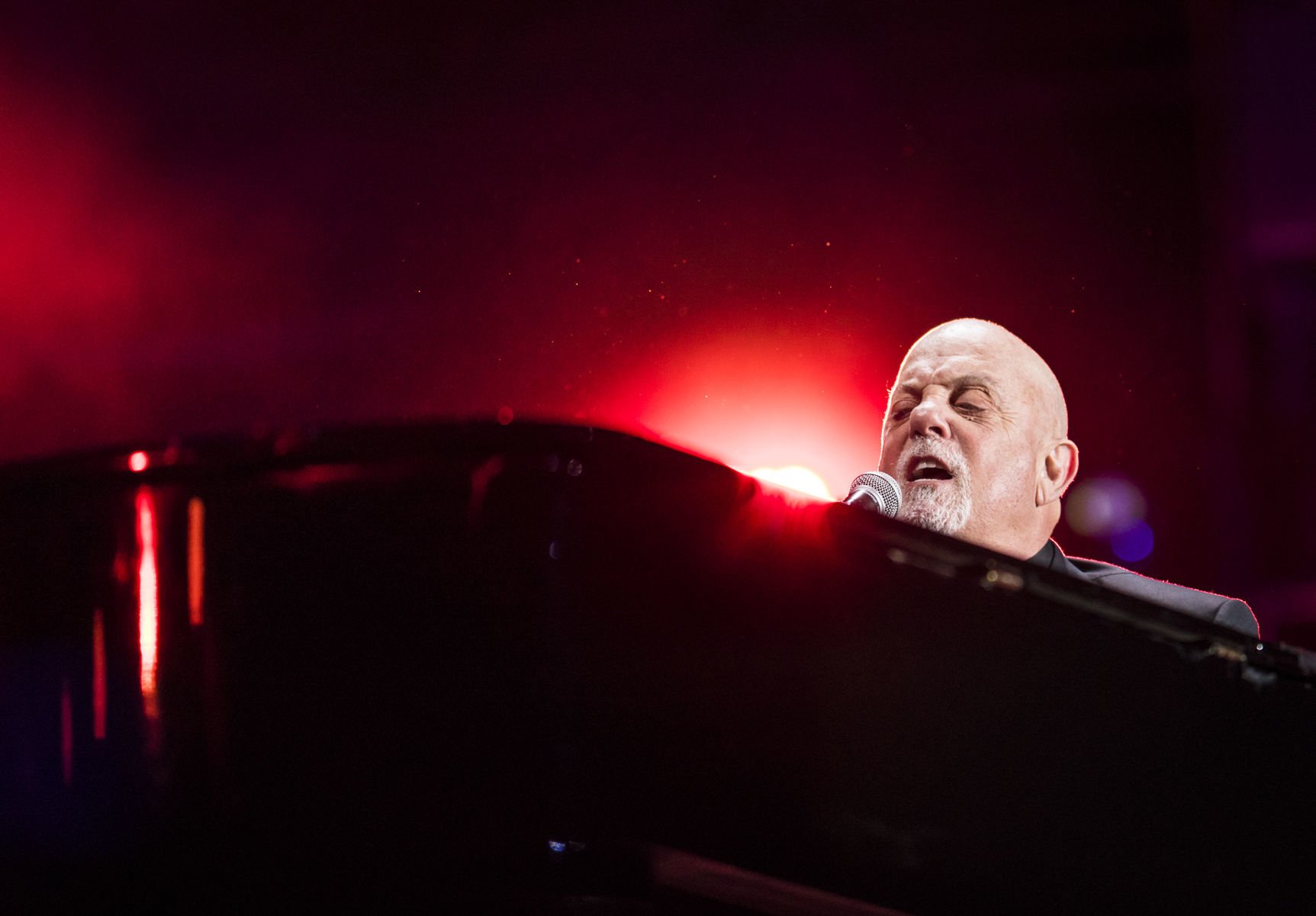 Billy Joel dazzles capacity crowd with sights, sounds and all the old favorites   Winston Salem Journal