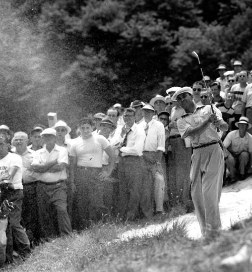 1950: Ben Hogan wins US Open in 18-hole playoff