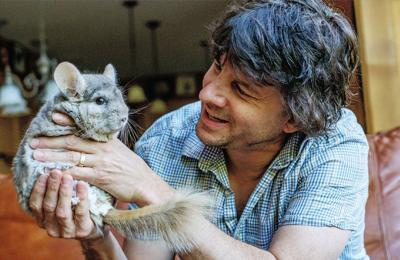 0aea80034aa0 Dr. Mitchell Spindel, a veterinarian who deals with exotic animals, holds  his Dusty, his chinchilla.
