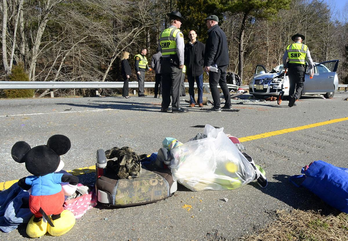 2 children ejected in crash that injured 7 and shut down I