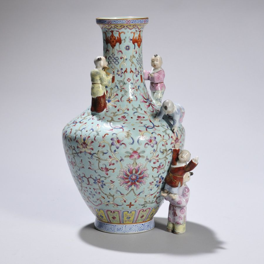 Kovels chinese porcelain vases often copied home journalnow porcelain vase an examination of the bottom of the vase may show some clues to the age many modern copies of old vases have glazed rather than unglazed floridaeventfo Choice Image