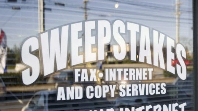 Despite ban, sweepstakes cafes fight to stay open   Business