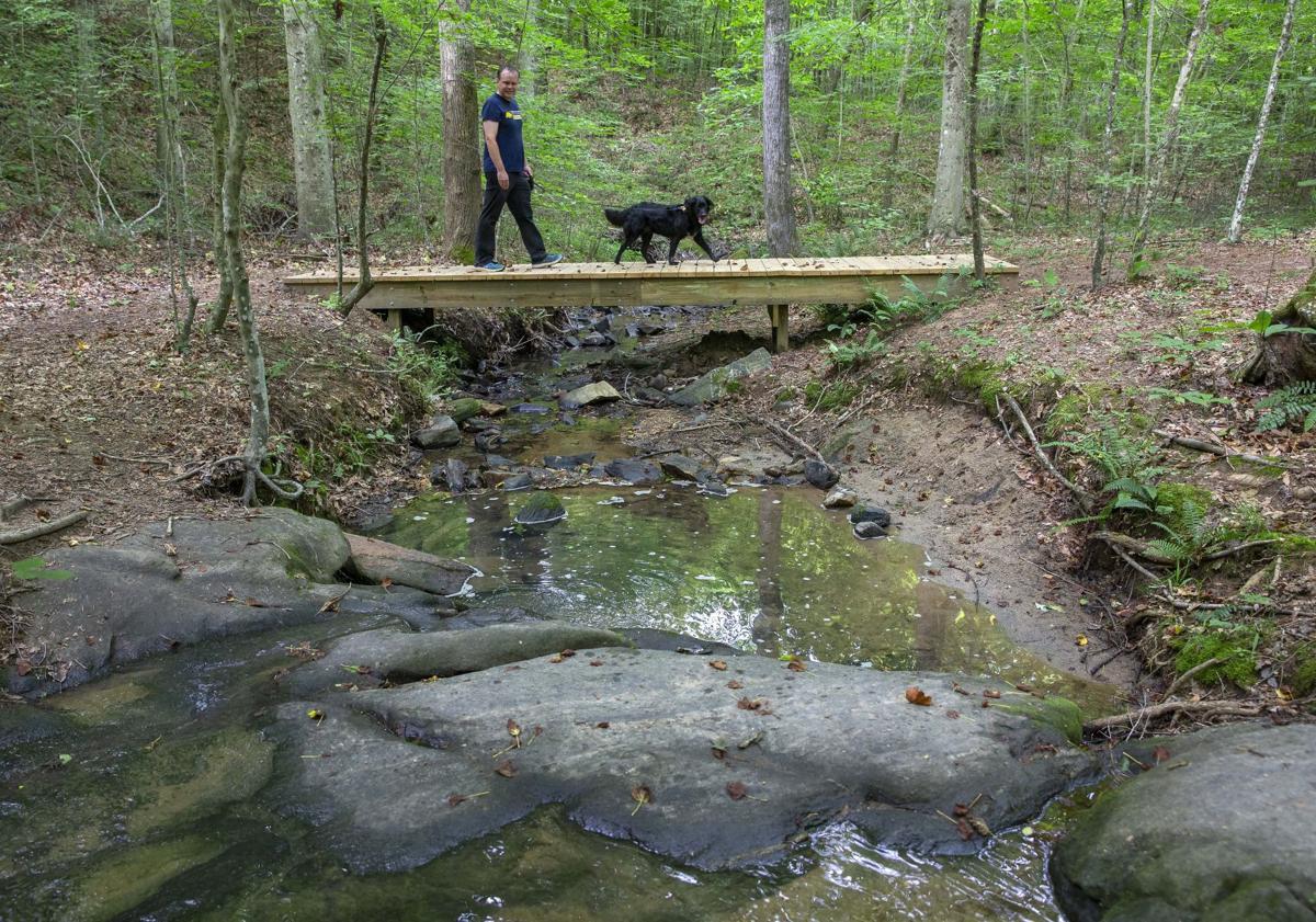 Cascades Preserve hiking trail