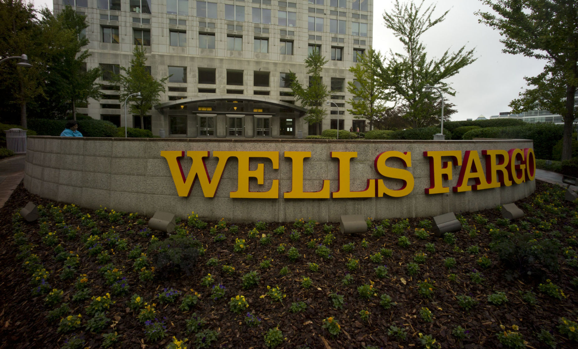 Wells Fargo hires new law firm to prepare CEO for Senate appearance