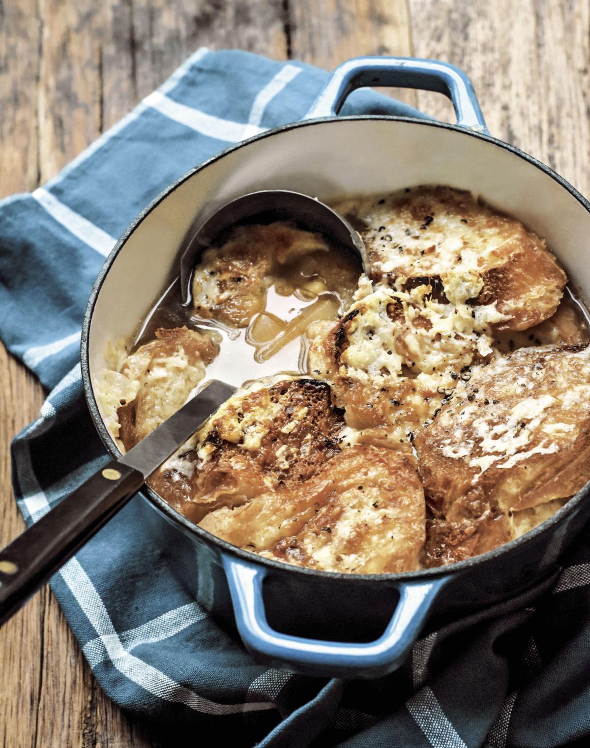 Gratinée à l'Oignon or One-Pot French Onion Soup