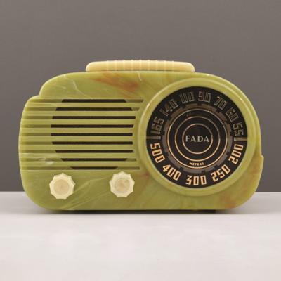 plastic Fada radio