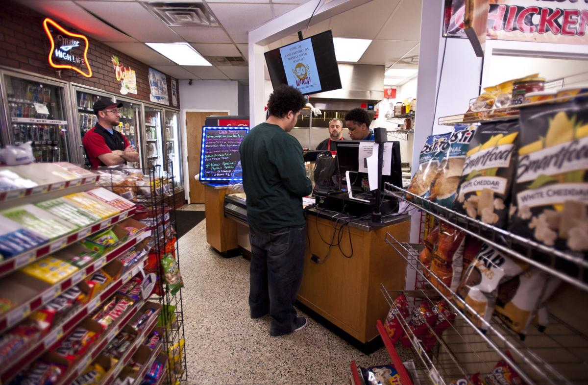 Convenience stores\' fried chicken on the Super Bowl menu for many ...