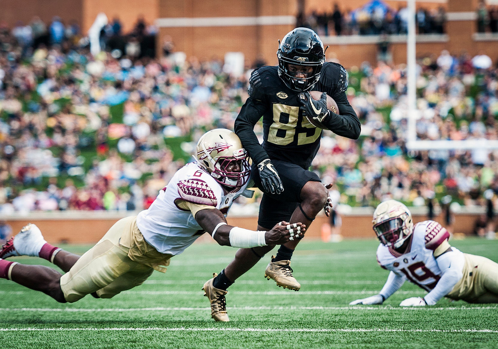 Florida State survives Wake Forest in 26-19 win