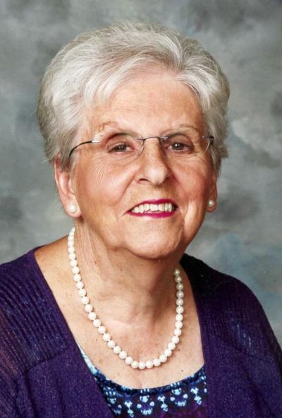 Slate, Lorraine Robertson