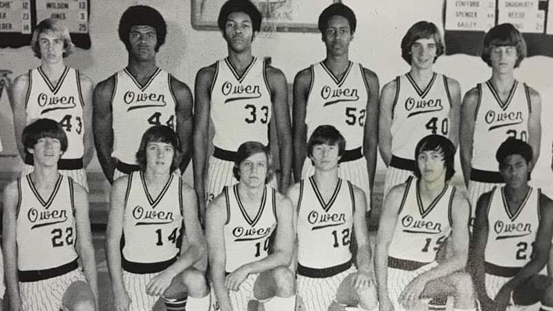 Two of Roy Williams friends, former players reflect on his early days as high school coach