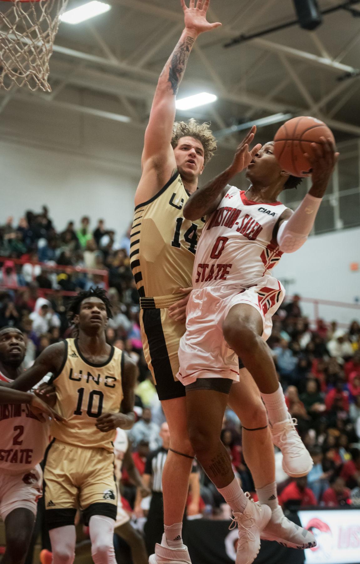 WSSU UNC Pembroke Mens Basketball