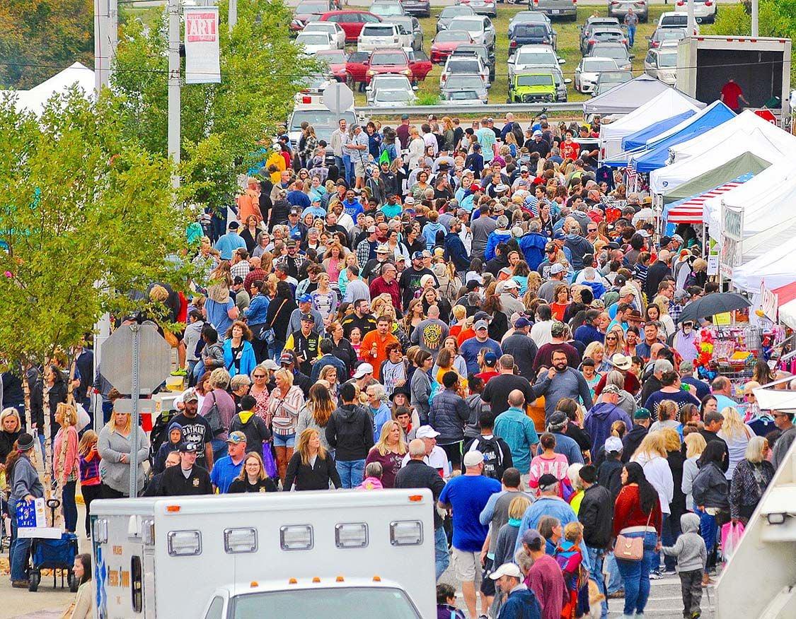 Apple Festival crowd