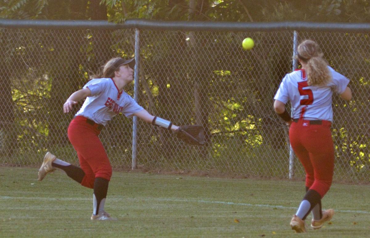 SamanthaCarter running catch and AlexisLester (EW)