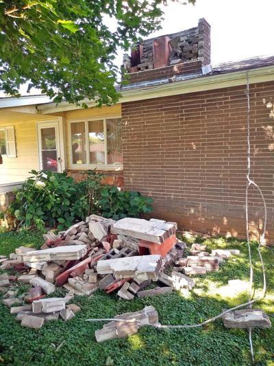 Eathquake damage chimney