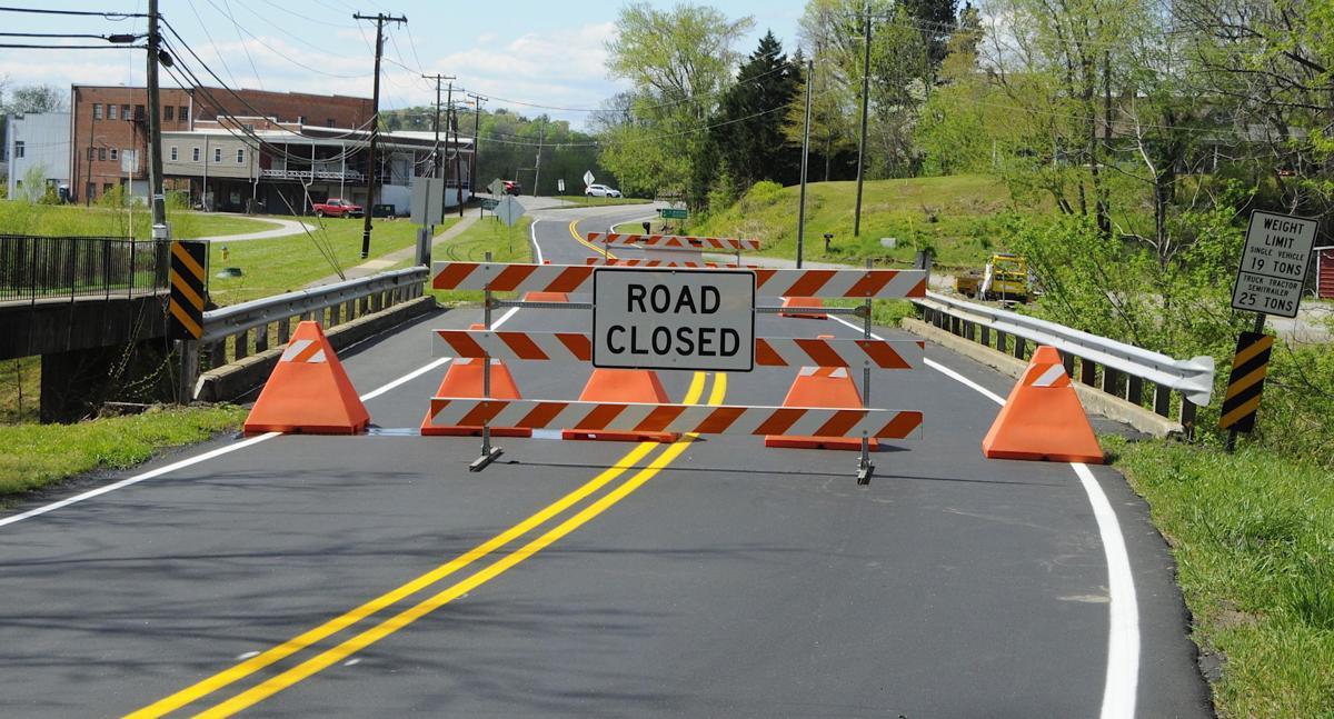 Bridge over Cub Creek closed