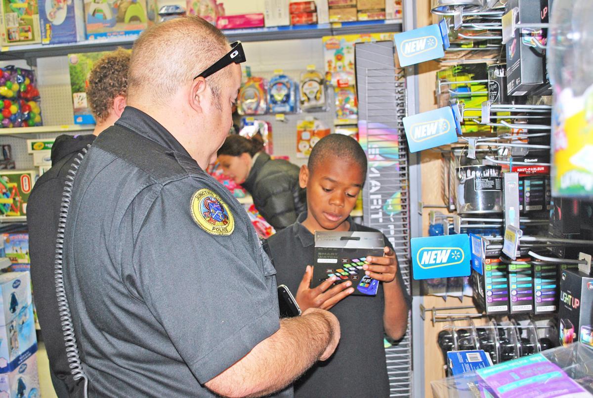 Shop with a Cop 3