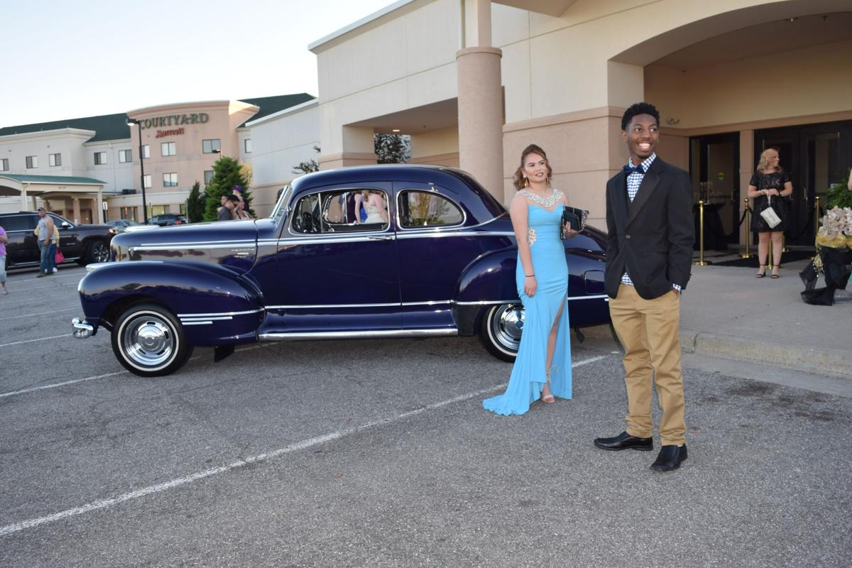 JCHS students attend 2017 prom